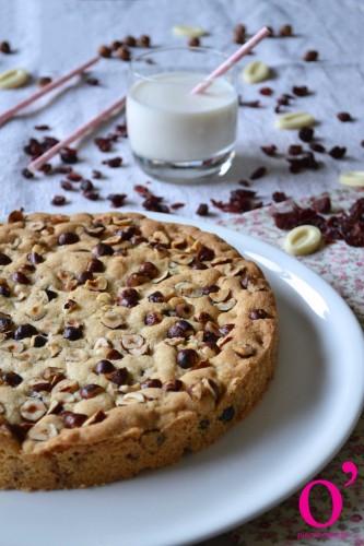 cookie à partager cranberries, noisettes et chocolat blanc